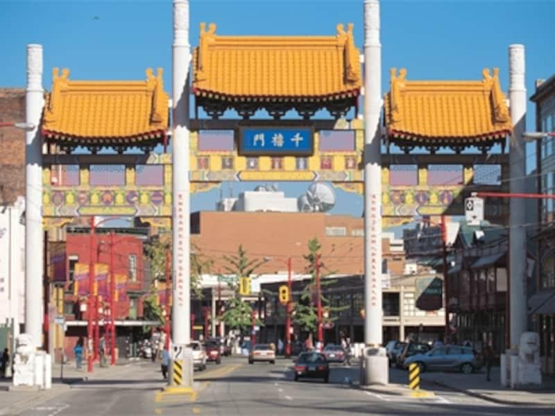 北米で2番目に大きなチャイナタウンにふさわしい立派な中華門undefined(C)TourismVancouver