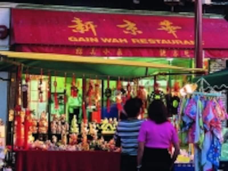 看板も中国語ばかりだが、漢字なので、何となく理解することが可能(C)TourismVancouver