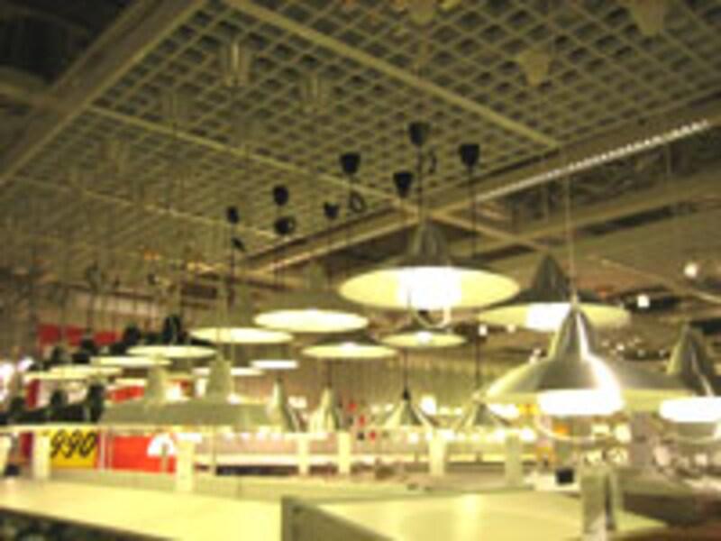 マーケットホール