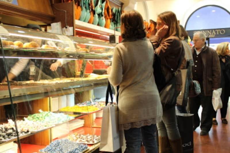 イタリアのお菓子屋さん
