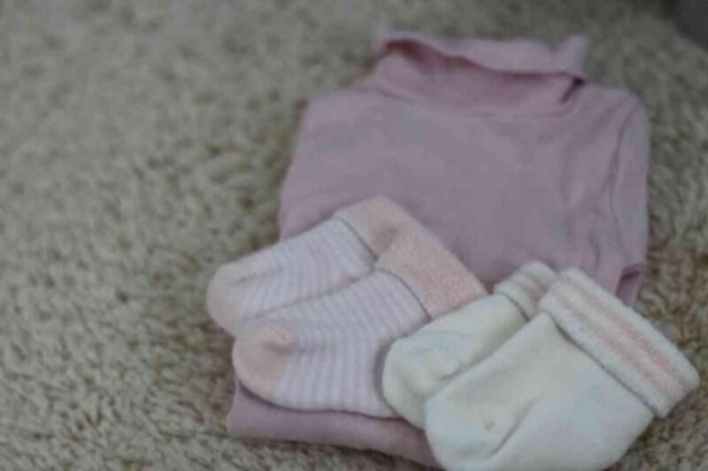 98a0d7b69704b 可愛い「ベビー服+靴下」をわが子と色違いのお揃いで  ベビー用品  All ...