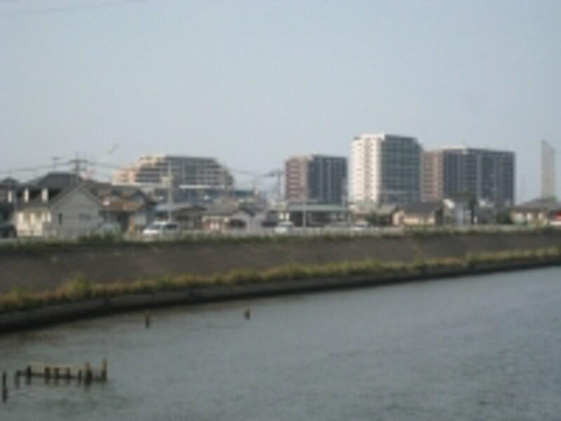 中川の風景