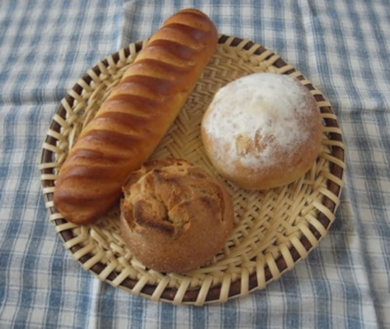 パンを載せてもサマになります。