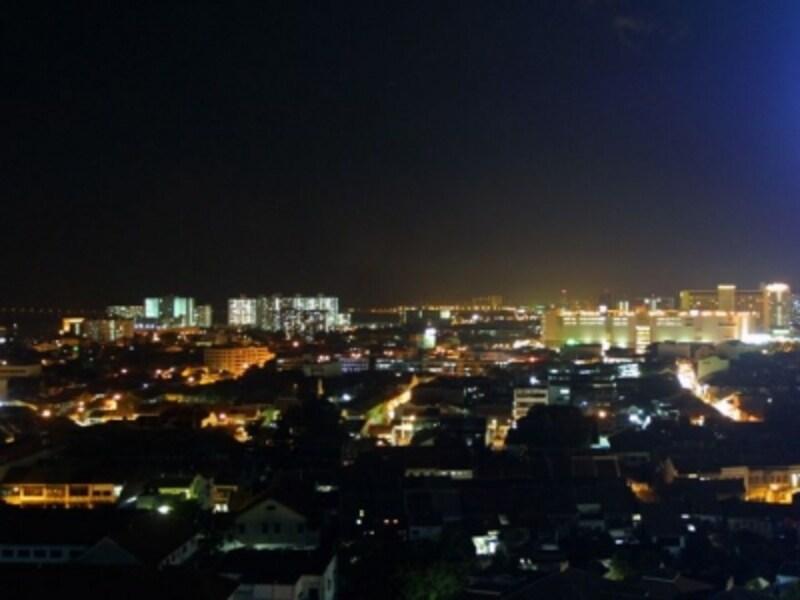 夜景がお目当ての場合は、ツアーで訪れるのが安心ですundefined(c)マレーシア政府観光局
