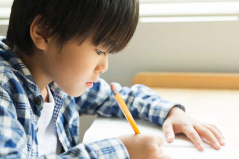 子供の勉強はいつからどう習慣化させるか