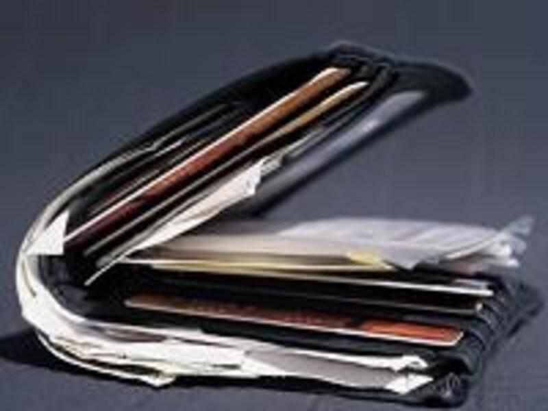 部屋が汚い、お財布も汚い…お金の使い方と生活の管理のしかたはリンクしているものです。気がついたときにきれいにしましょう。