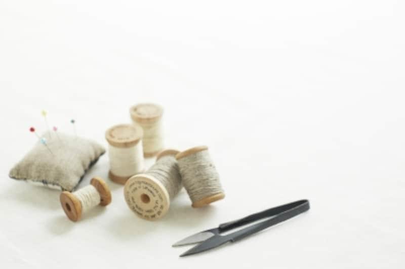 裾上げやアップリケに使える手縫いでの流しまつり縫い・たてまつり縫い