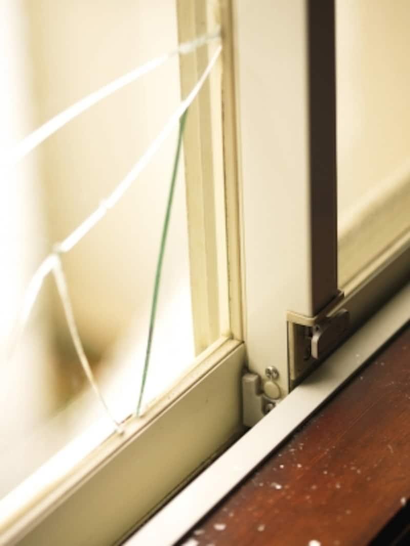 窓ガラスのフィルムには防犯効果も