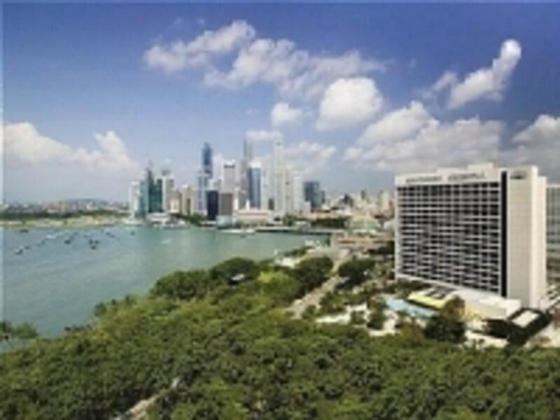 マリーナエリアの高級ホテルとして名高い、マンダリンオリエンタル・シンガポール。