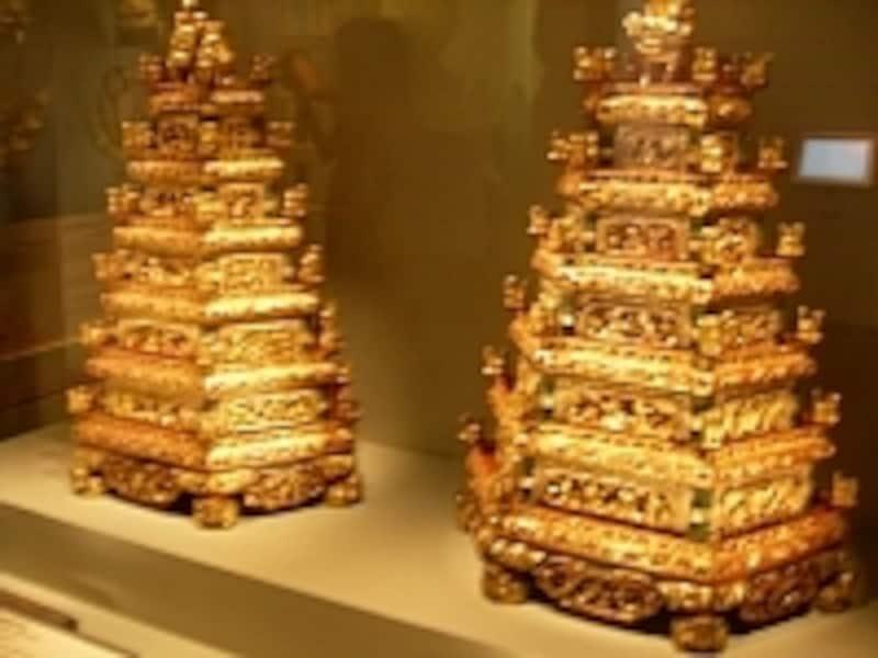 手の込んだ細工を好んだと言うプラナカンの人々。婚礼品も豪華で繊細な装飾が特長です