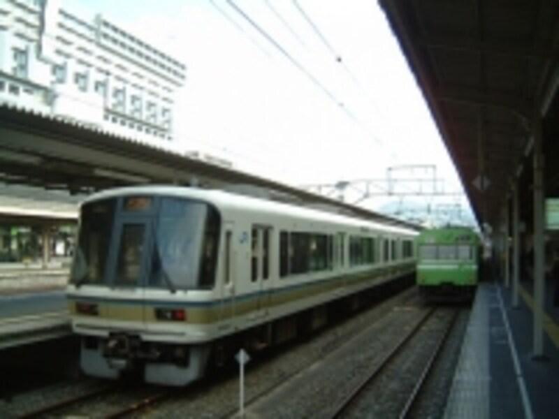京都駅から東福寺駅へは、JR奈良線に乗車