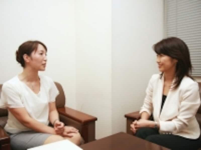 水野順子さんと佐々木明子アナウンサー