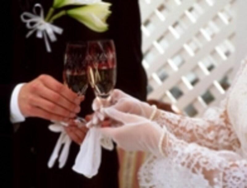 結婚式のスピーチ、どうやって頼む?undefined