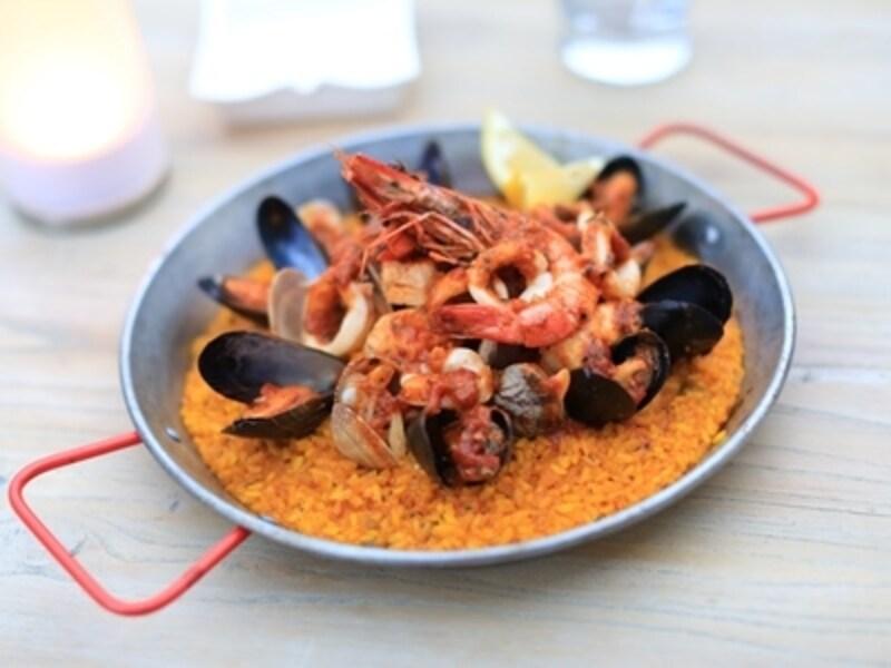 スペイン料理の代表格ともいえるパエリアも
