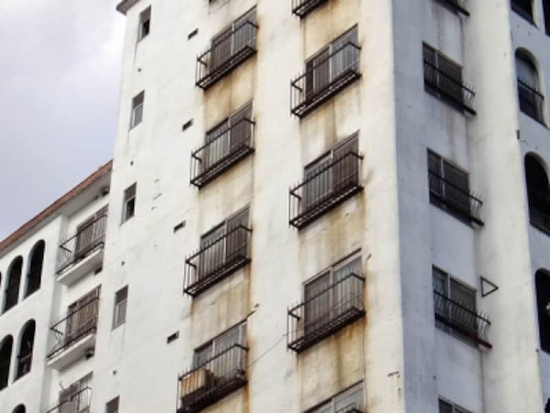 マンション外壁の汚れ