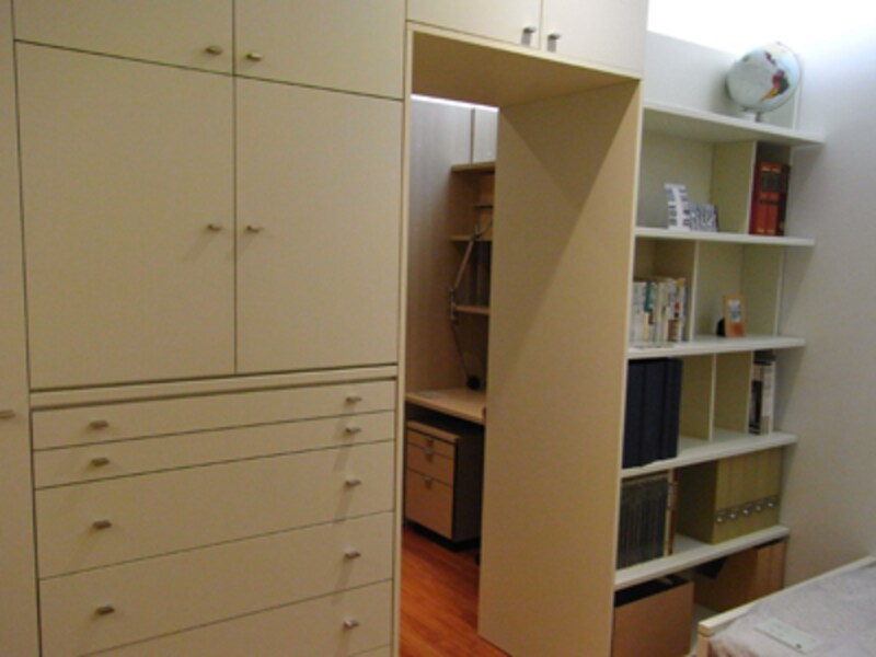 子供部屋を収納家具で二つに分ける1 収納家具棚タンス