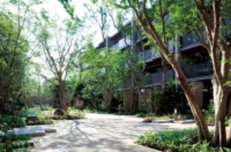 オーベル蘆花公園の中庭