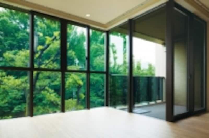 オーベル蘆花公園の室内からの景色