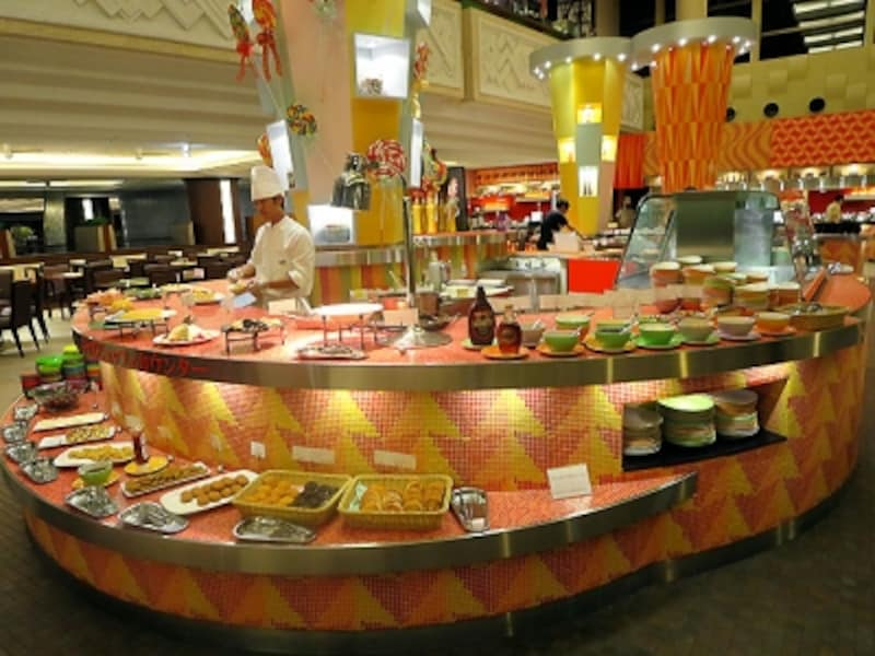 グランカフェデザートとキッズコーナーのブッフェ台
