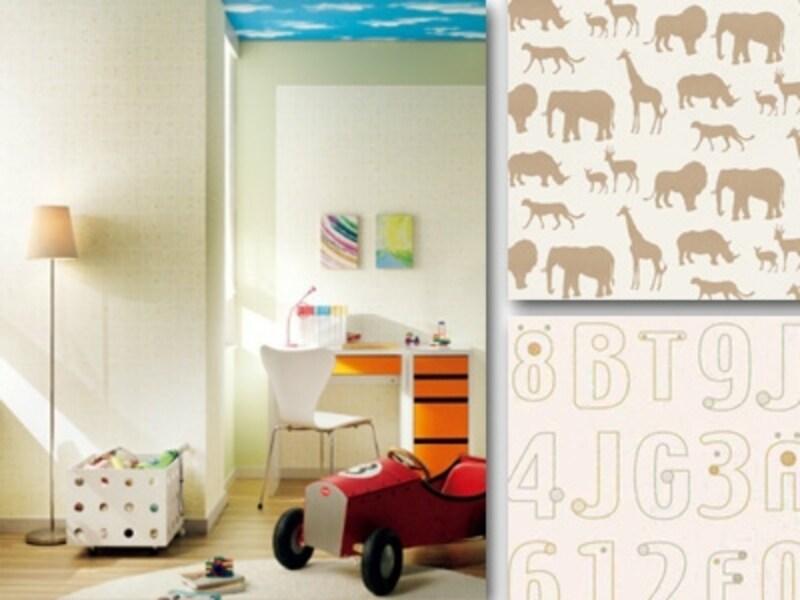空や動物、文字などのデザイン壁紙。夢いっぱいの空間が想像力を育てる(左天井SG924、右上SG-853、右下SG923/サンゲツ)
