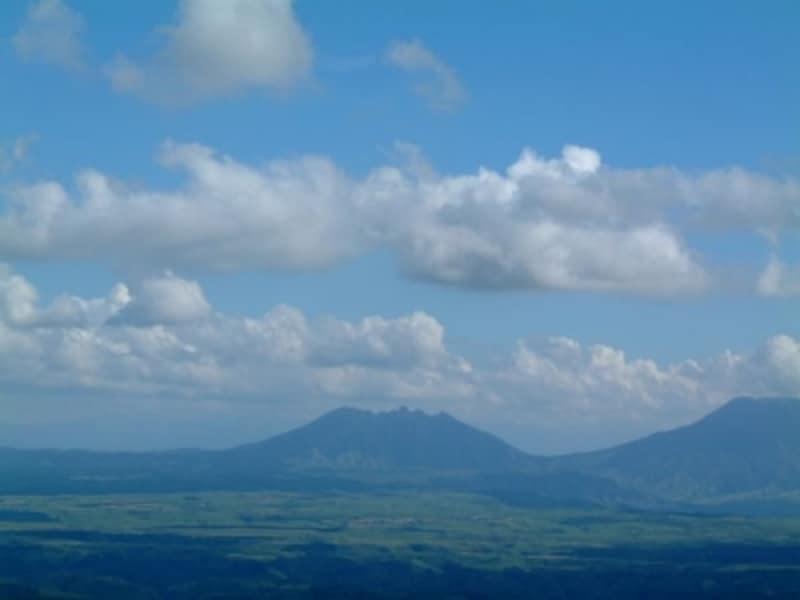 やまなみハイウェイから眺める阿蘇五岳