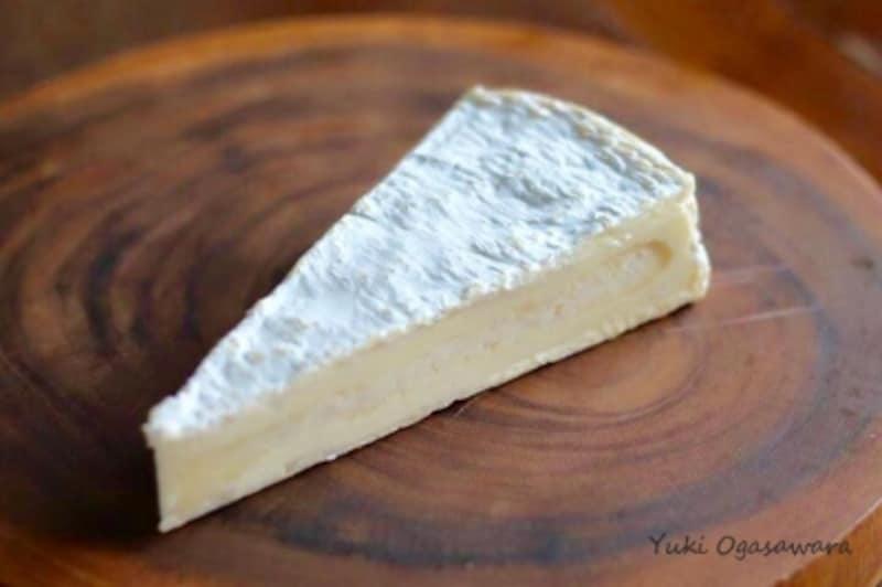 ボジョレーヌーボーに合うチーズ、ブリ・ド・モー