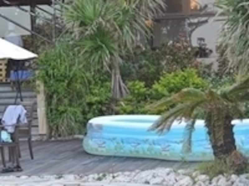 「クラブハウスプール」には、小さな子ども用のプールも