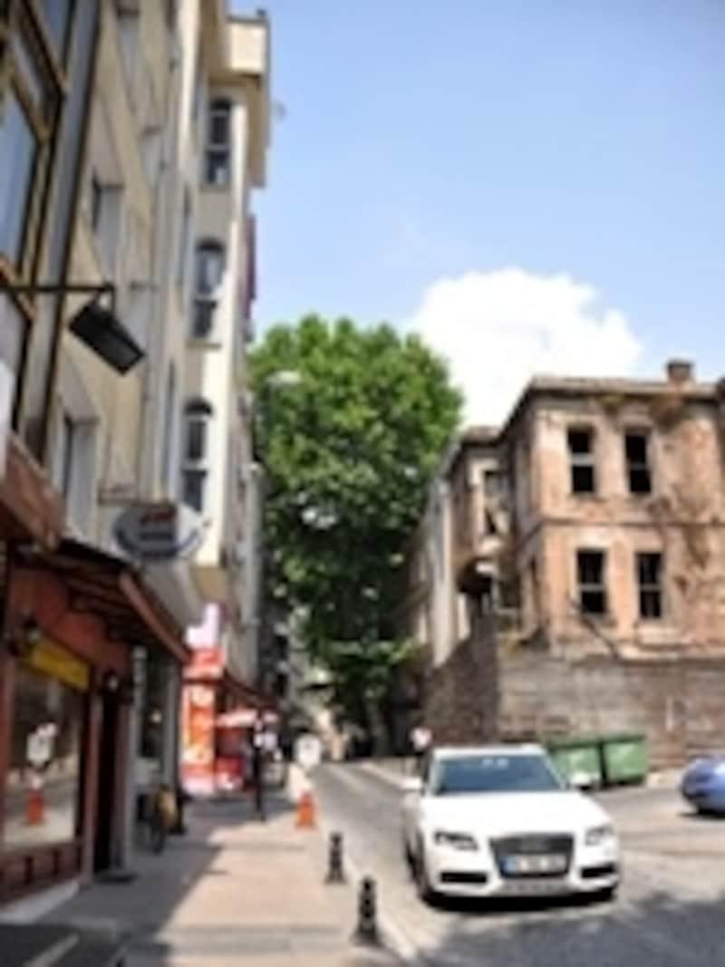 旧市街の道
