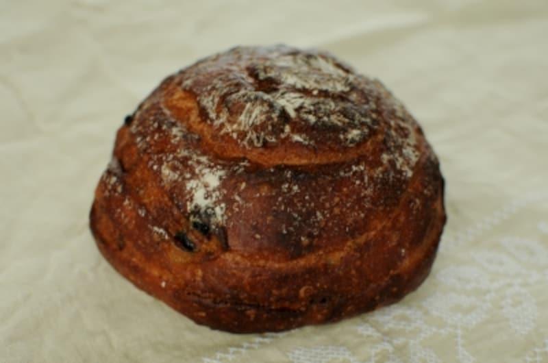 デーツといちじくの甘めのパン