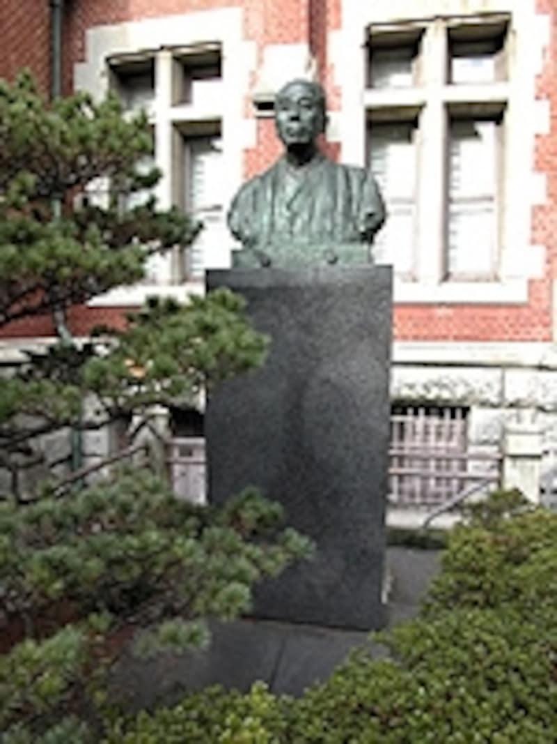 原則として全員が希望する系列校へ進むことができ、ほとんどが慶應義塾大学へ進学