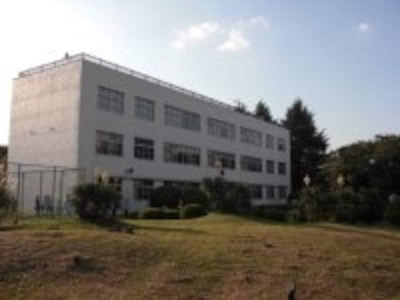 筑波大学附属中学校への連絡進学は、例年160名中140名前後と約85%