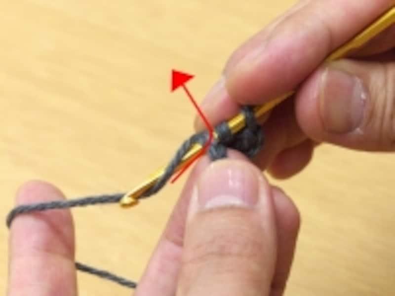 毛糸を欠けて引き抜く・1