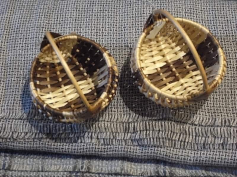 かごは近々イベントとしてたくさん紹介したいそう。ヘーゼルナッツの木で作られていることが多いとか。こちらは手に乗る小さなもの。