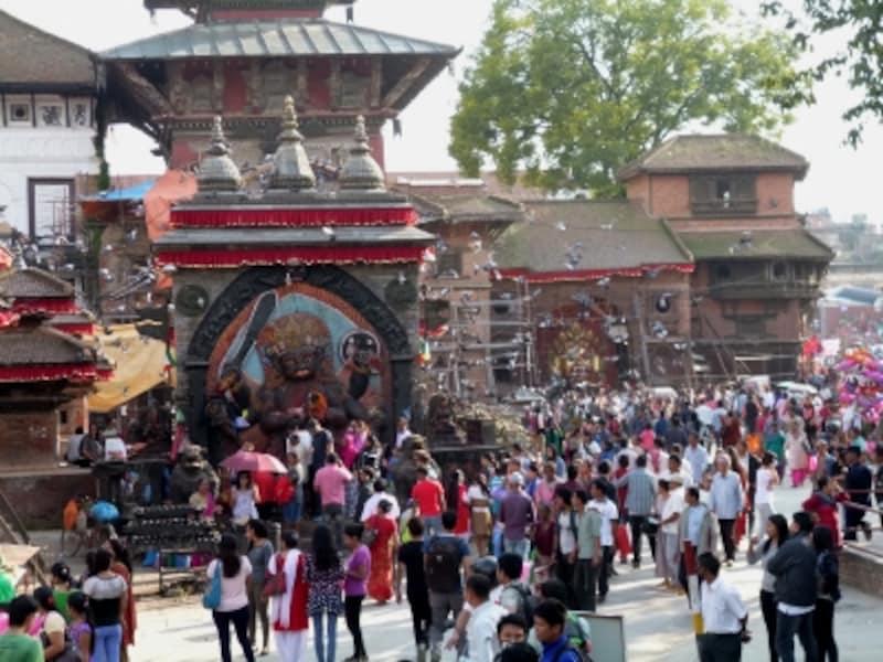 2015年秋の震災後初となるインドラジャトラ大祭の様子