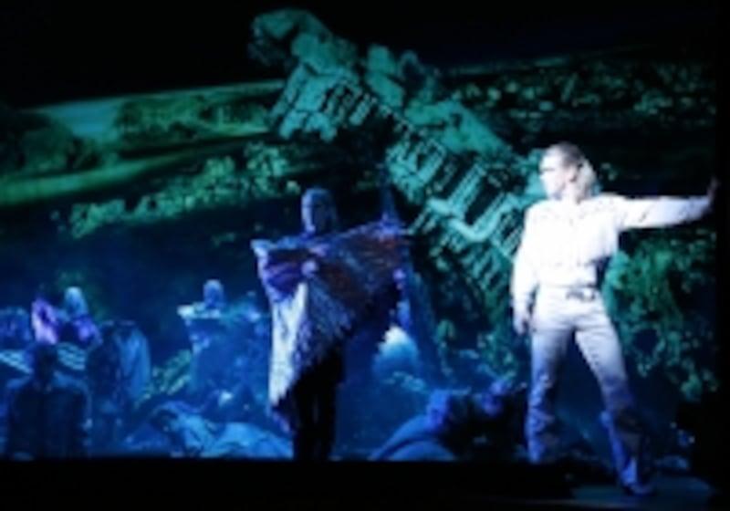 2007年のウィーン版来日公演『エリザベート』撮影:岸隆子undefined写真提供:梅田芸術劇場