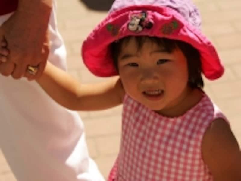 自分で歩ける年齢になってからのほうが、親子ともども無難(C)TourismBC/ToshiKawano