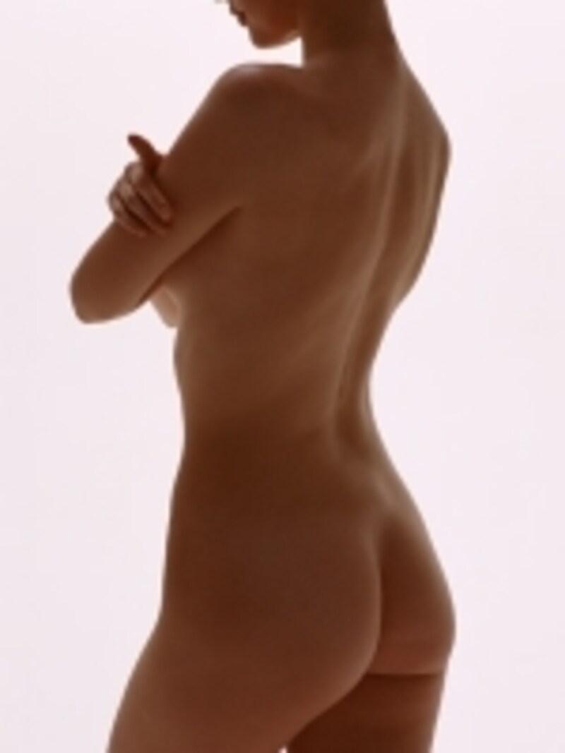 理想のボディ作りは正しい骨格、引き締まった筋肉、無駄の無い脂肪の3点セットから!