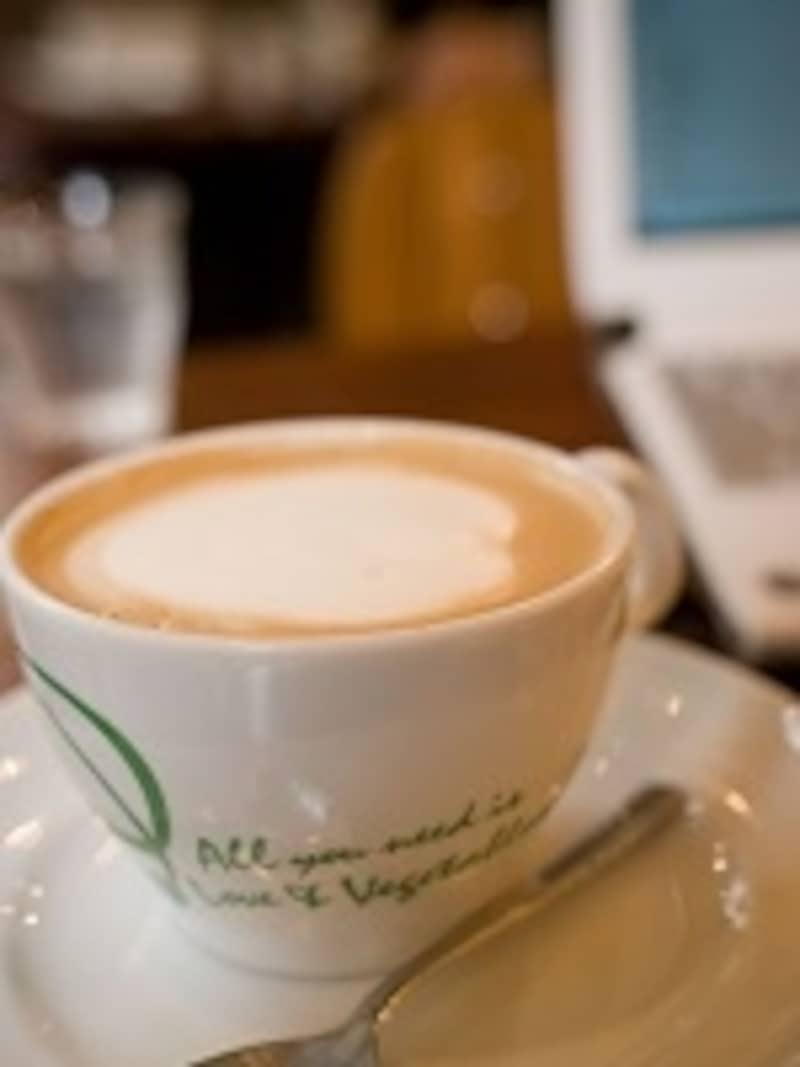 仕事の合間のコーヒー