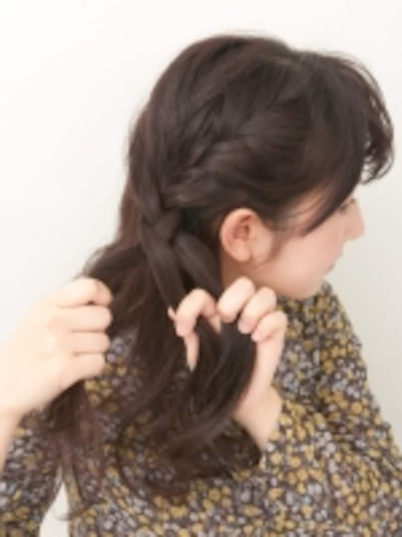 編み目が頭皮から浮かないように