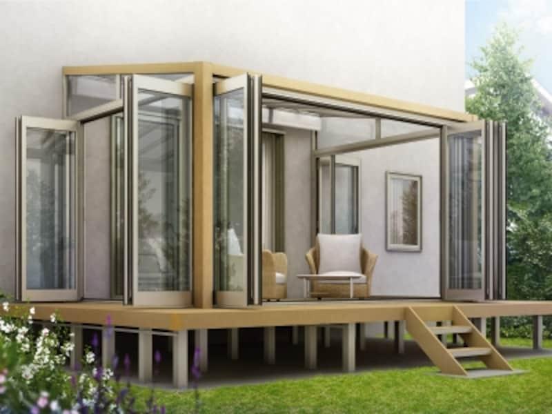 ナチュラルな木調を用いたデザイン。デッキと合わせて居心地のよい空間を実現。[サンフィール3テラス囲い木調ガーデンルームタイプリウッドデッキ納まりフラット型屋根ふき材:ポリカ(トーメイマット)H2W7]undefinedYKKAPhttp://www.ykkap.co.jp/