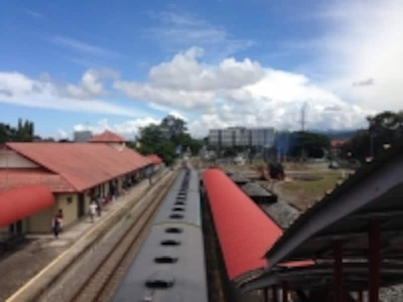 パパール駅