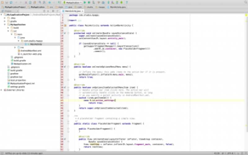 プロジェクト作成完了後の様子。MainActivity.javaファイルを開いている