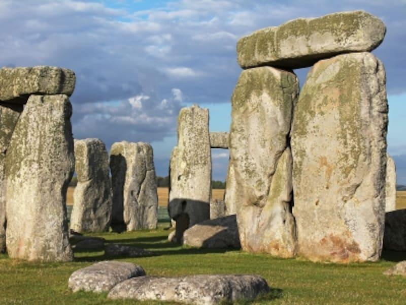 3つ石、トリリトン