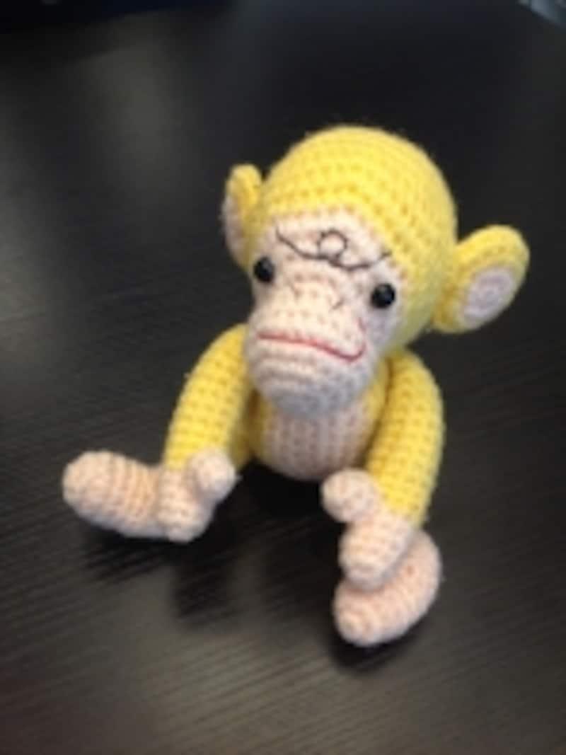 こま編みのみで編んで組み立てます