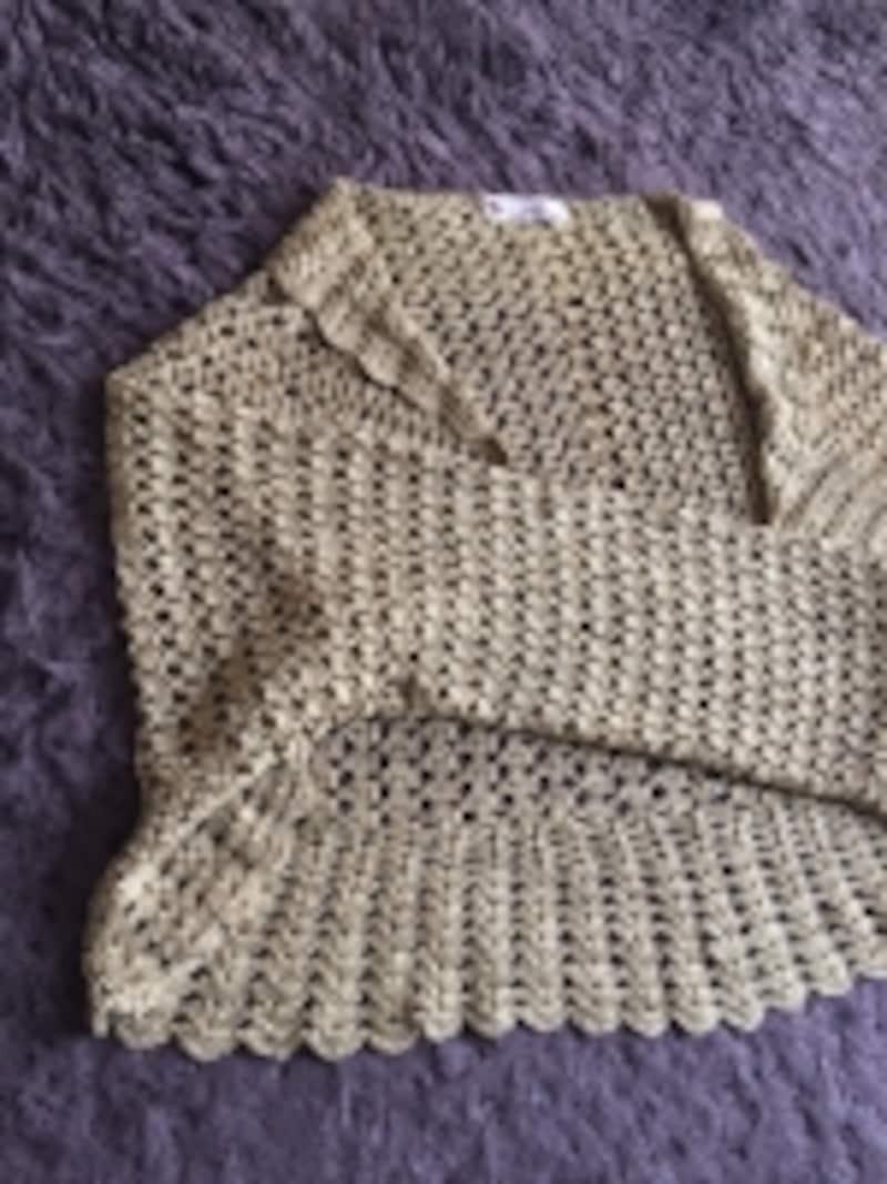 くさり編みと長編みを組み合わせで編んでいます