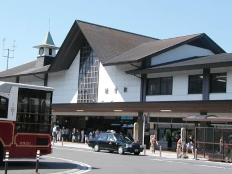 JR線と江ノ電が乗り入れる鎌倉駅