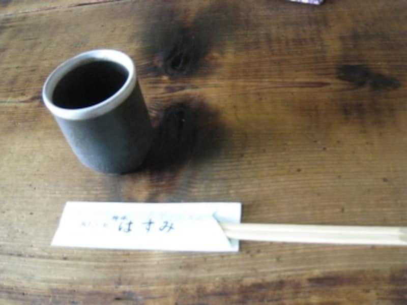 お茶はそば茶。