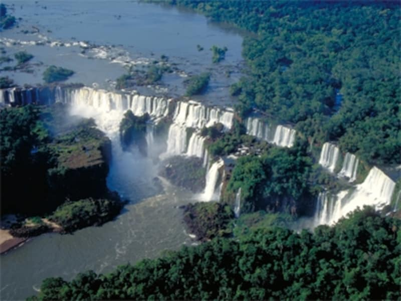 イグアスの滝は見どころが多いので、なるべく2日以上は時間を取りたいundefined写真提供:アルゼンチン観光局