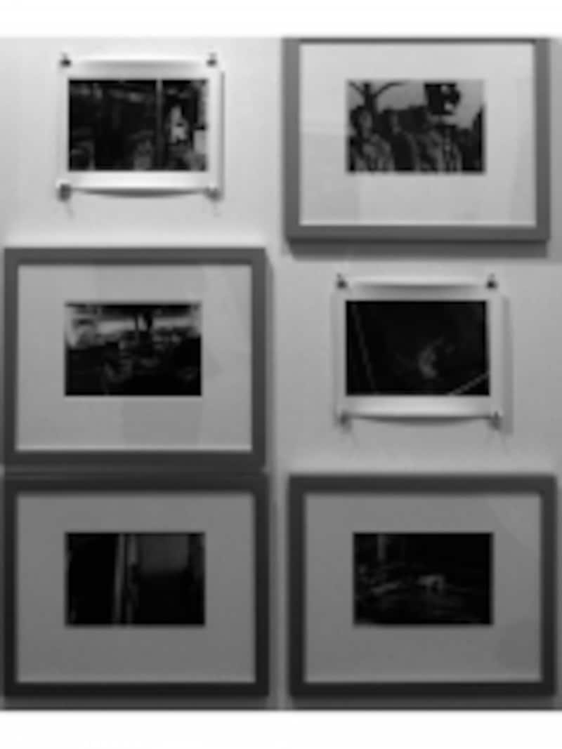 PARISPHOTOでの展示(c)ABEJun押しピンで止めるとオシャレ度も増します