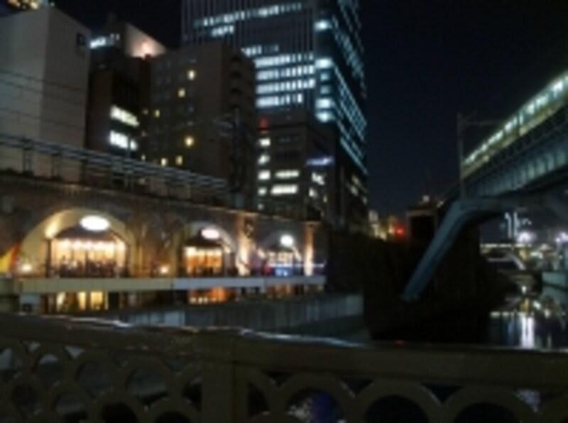 昌平橋から眺めるとこんな景色
